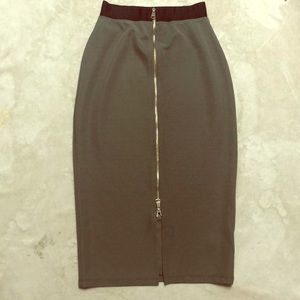 Midi Bebe Army Green skirt Sz S